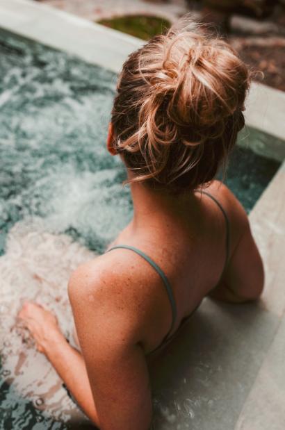 Femme dans un spa