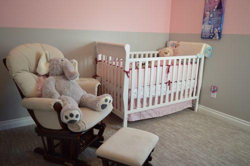 Cadeau insolite : offrir une chambre de bébé
