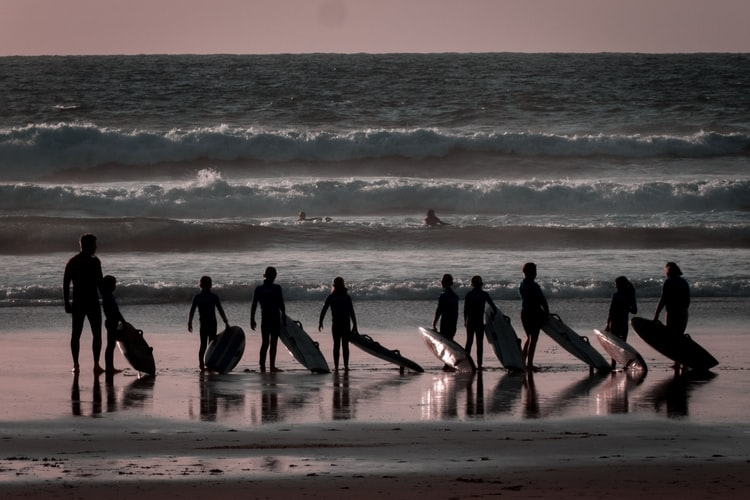 Cours de surf, le cadeau nature et insolite