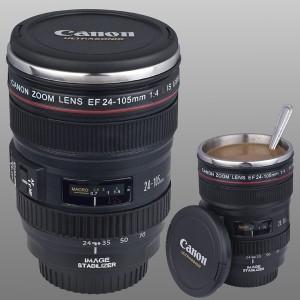 Tasse sous l'apparence d'un objectif d'appareil photo Canon
