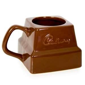 Un mug carré de chocolat