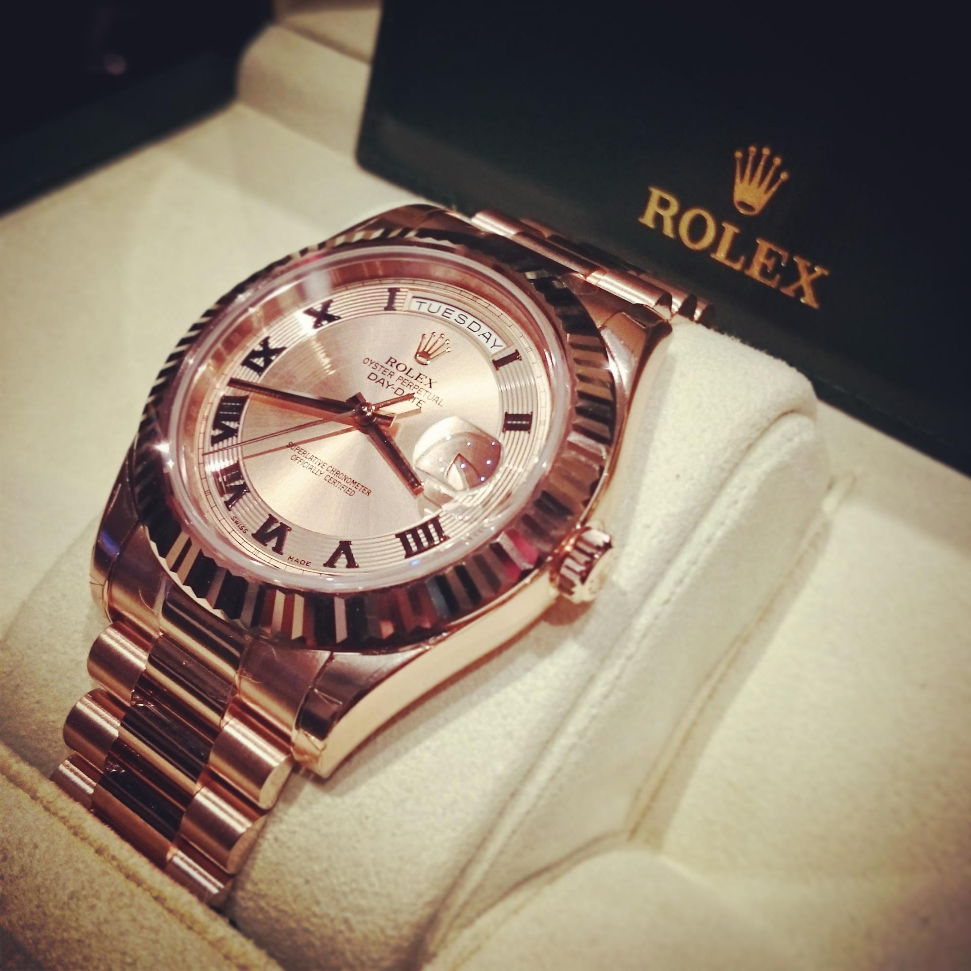 5 montres de luxe pour femme à offrir
