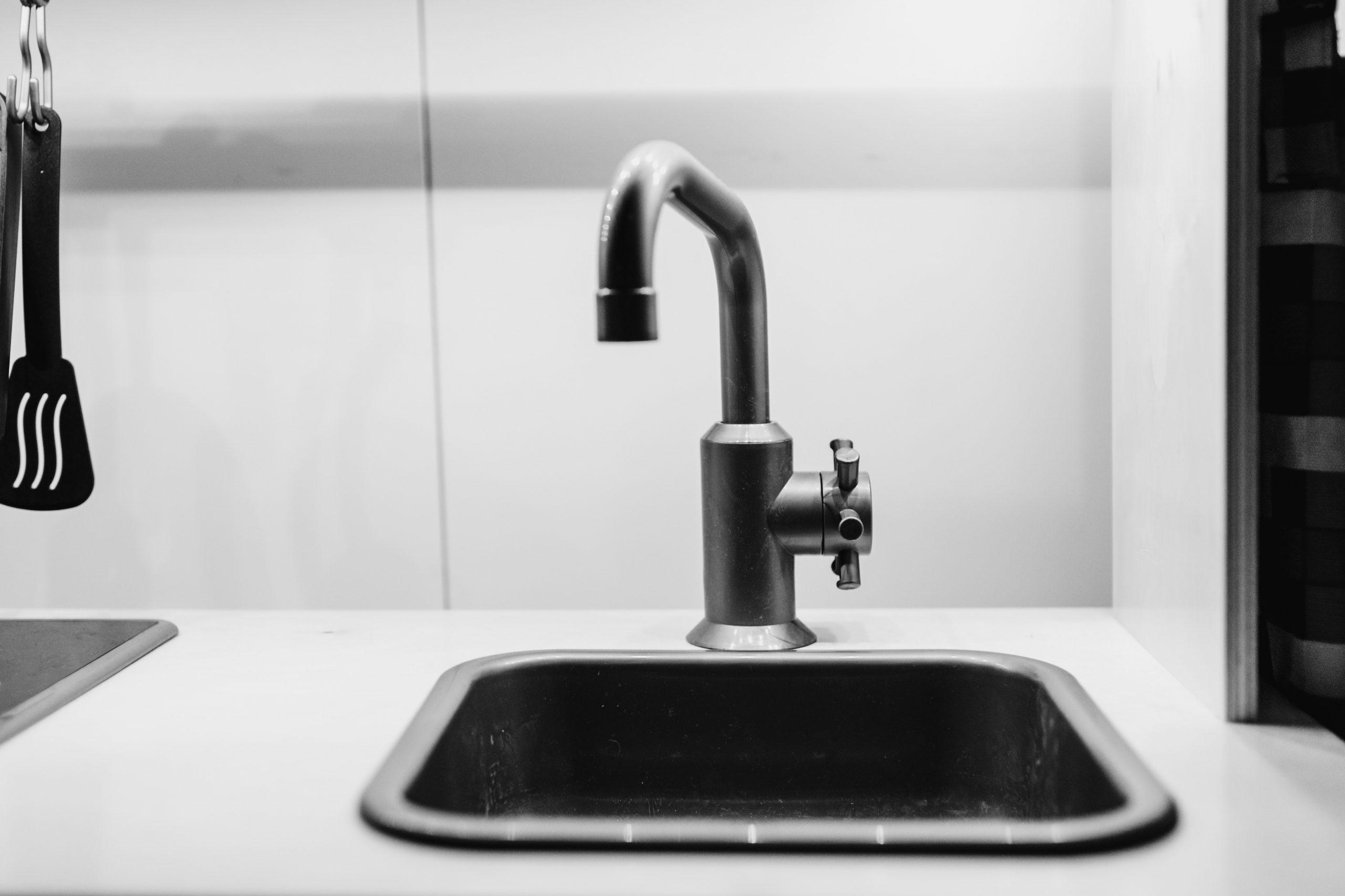 Adoucisseur d'eau : pourquoi est-il indispensable ?